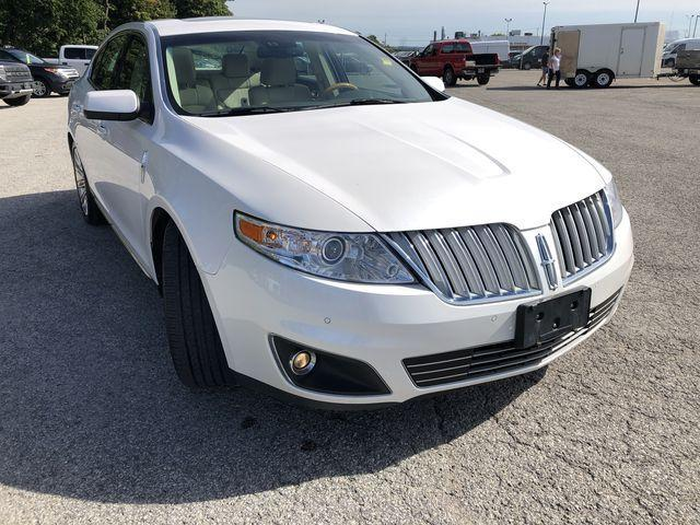 2011 Lincoln MKS Base (Stk: LX181380A) in Barrie - Image 2 of 30