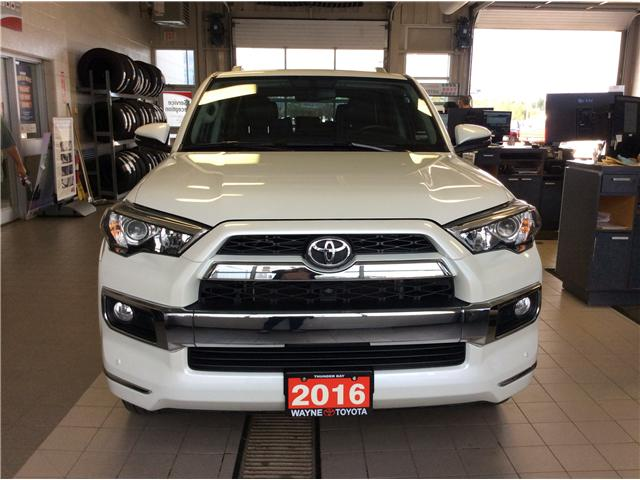 2016 Toyota 4Runner SR5 (Stk: 10855) in Thunder Bay - Image 2 of 18