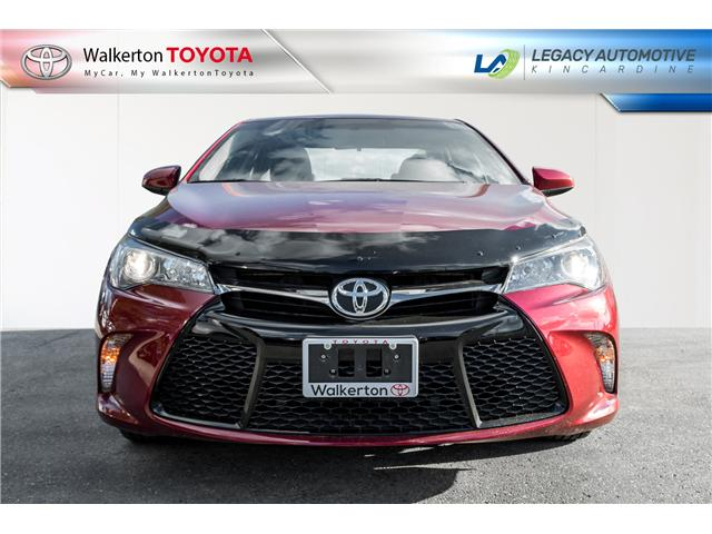 2017 Toyota Camry SE (Stk: P7095) in Walkerton - Image 2 of 17
