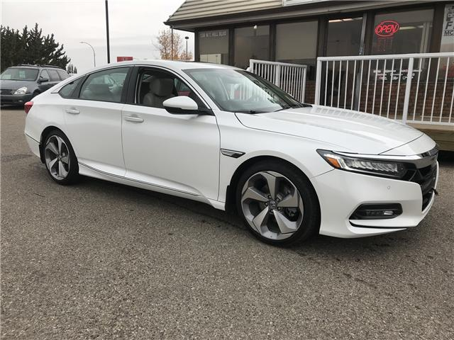 2018 Honda Accord Touring (Stk: B2118) in Lethbridge - Image 1 of 26