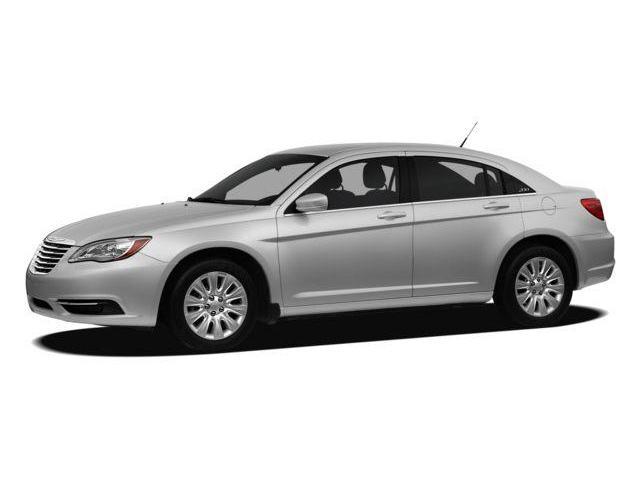 2012 Chrysler 200 Touring (Stk: 1812211) in Thunder Bay - Image 1 of 1