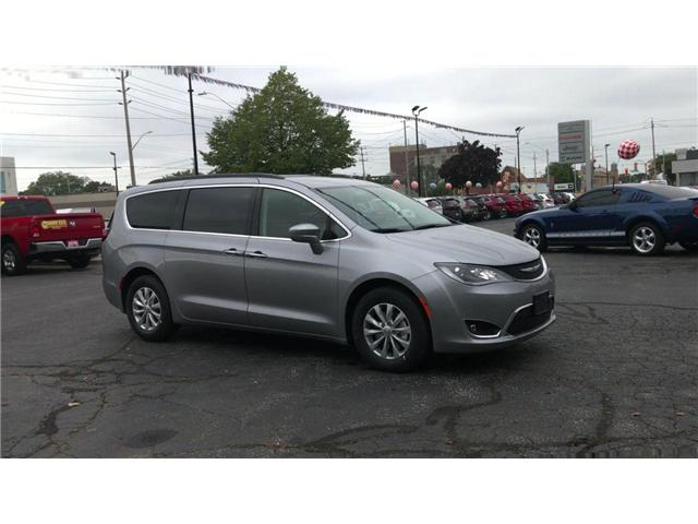 2019 Chrysler Pacifica Touring Plus (Stk: 19232) in Windsor - Image 2 of 11