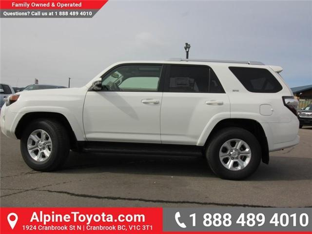 2018 Toyota 4Runner SR5 (Stk: 5609330) in Cranbrook - Image 2 of 18