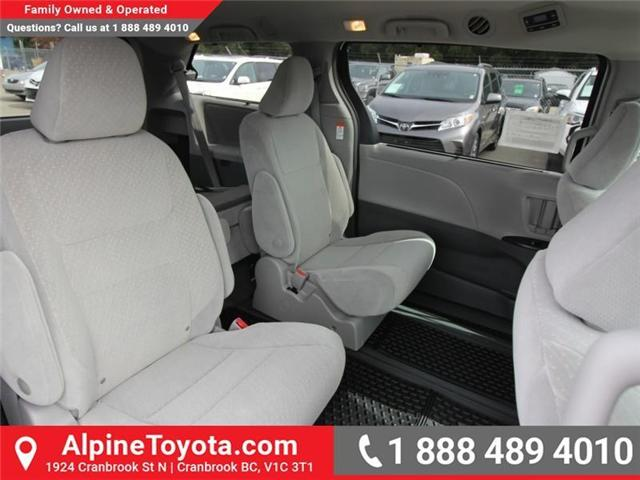 2019 Toyota Sienna LE 7-Passenger (Stk: S210913) in Cranbrook - Image 12 of 17
