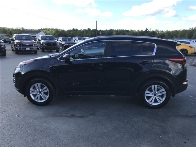 2018 Kia Sportage LX (Stk: 10122) in Lower Sackville - Image 2 of 17
