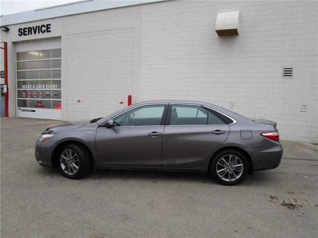 2017 Toyota Camry Hybrid SE (Stk: 6915) in Moose Jaw - Image 2 of 24