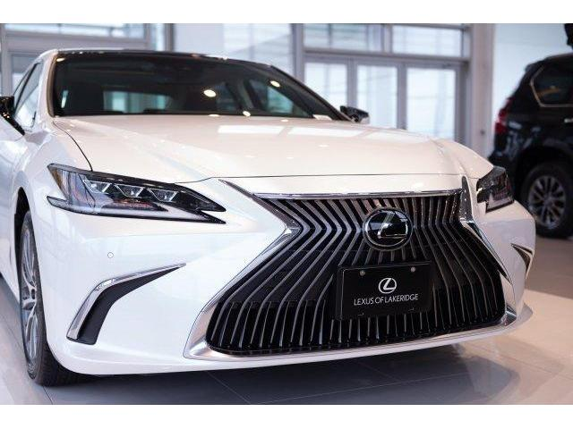 2019 Lexus ES 350  (Stk: L19046) in Toronto - Image 2 of 25