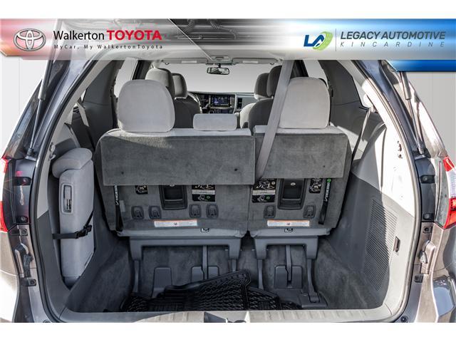 2017 Toyota Sienna LE 8 Passenger (Stk: P7073) in Kincardine - Image 6 of 18