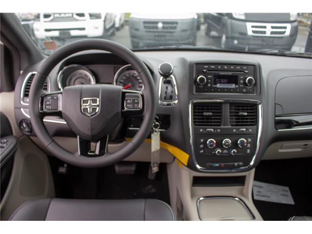2017 Dodge Grand Caravan  (Stk: EE891380) in Surrey - Image 11 of 28