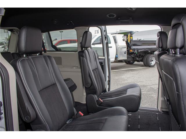 2017 Dodge Grand Caravan  (Stk: EE891380) in Surrey - Image 14 of 28