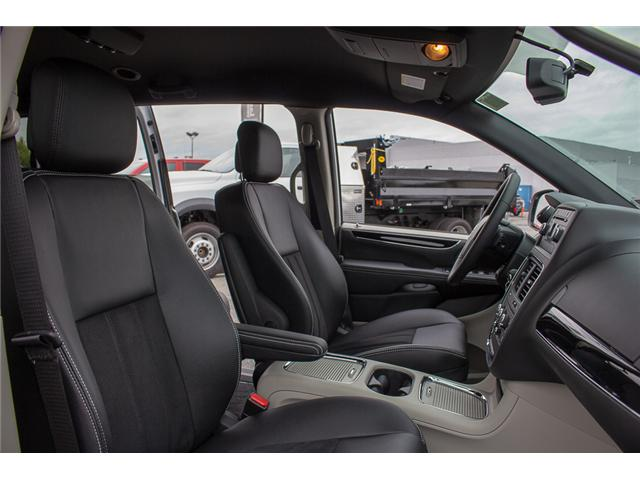 2017 Dodge Grand Caravan  (Stk: EE891380) in Surrey - Image 19 of 28