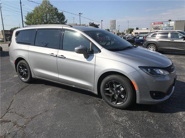 2019 Chrysler Pacifica Touring-L Plus (Stk: 19207) in Windsor - Image 1 of 11
