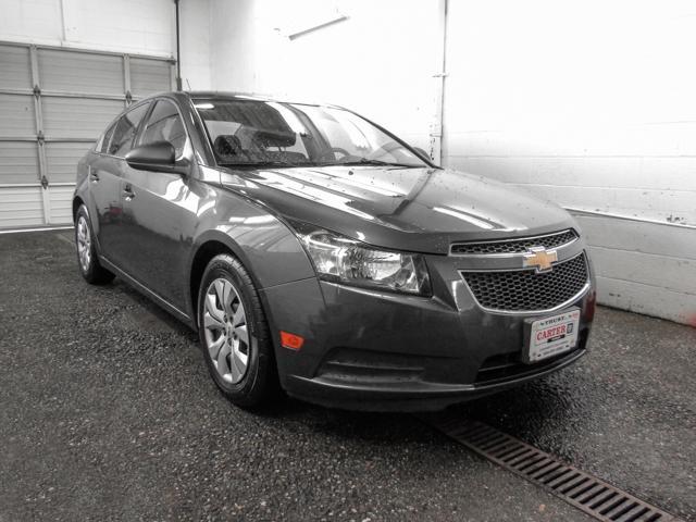 2013 Chevrolet Cruze LS (Stk: J8-37651) in Burnaby - Image 2 of 23