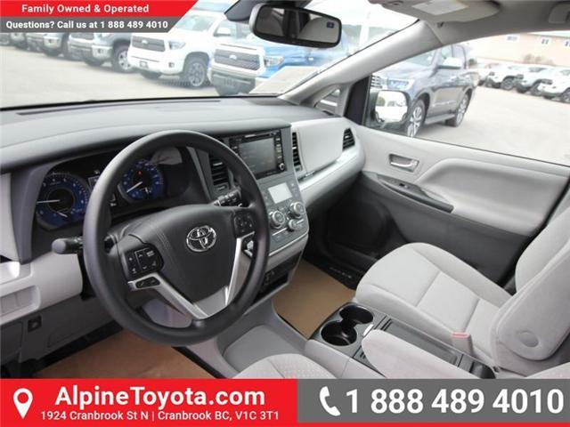 2018 Toyota Sienna LE 7-Passenger (Stk: S207024) in Cranbrook - Image 9 of 17