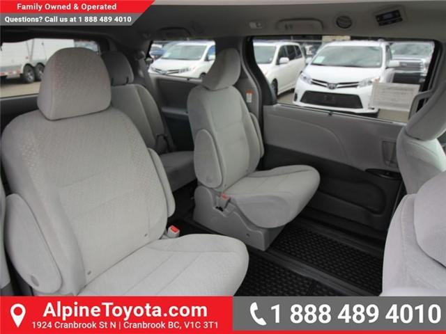 2018 Toyota Sienna LE 7-Passenger (Stk: S207024) in Cranbrook - Image 12 of 17