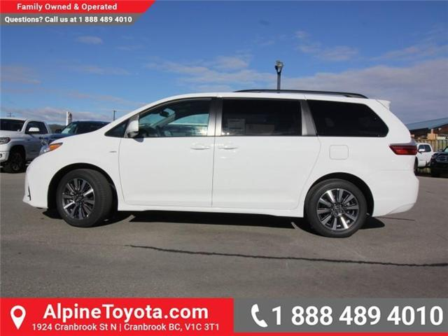 2019 Toyota Sienna LE 7-Passenger (Stk: S211224) in Cranbrook - Image 2 of 18