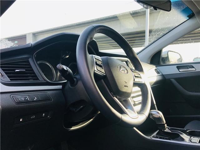 2018 Hyundai Sonata GL (Stk: LF009010) in Surrey - Image 10 of 27
