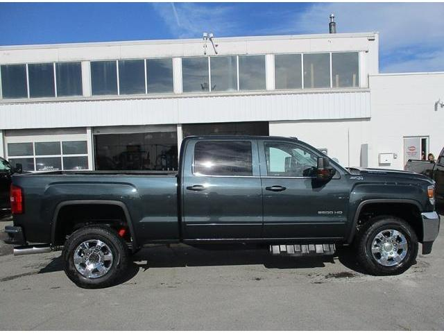 2019 GMC Sierra 2500HD SLE (Stk: 19103) in Peterborough - Image 2 of 3