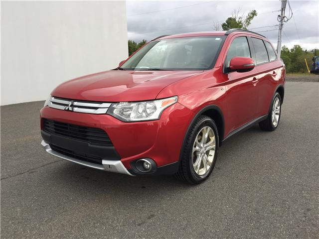 2015 Mitsubishi Outlander SE (Stk: FZ602631) in Antigonish / New Glasgow - Image 2 of 19