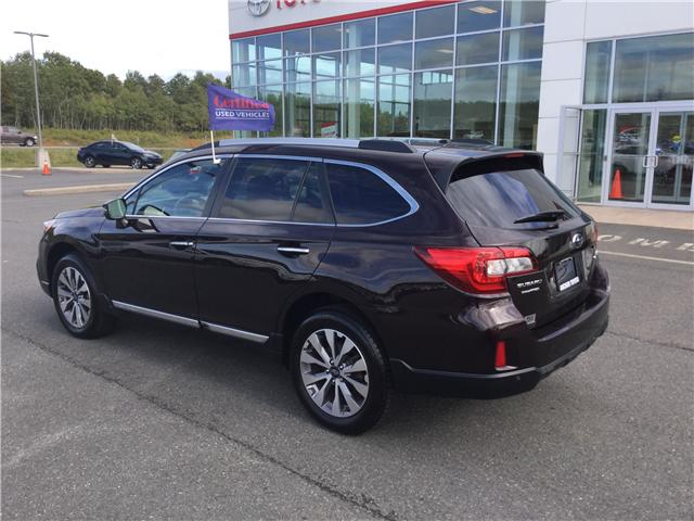 2017 Subaru Outback 2.5i Premier Technology Package (Stk: U148-18) in Stellarton - Image 7 of 16
