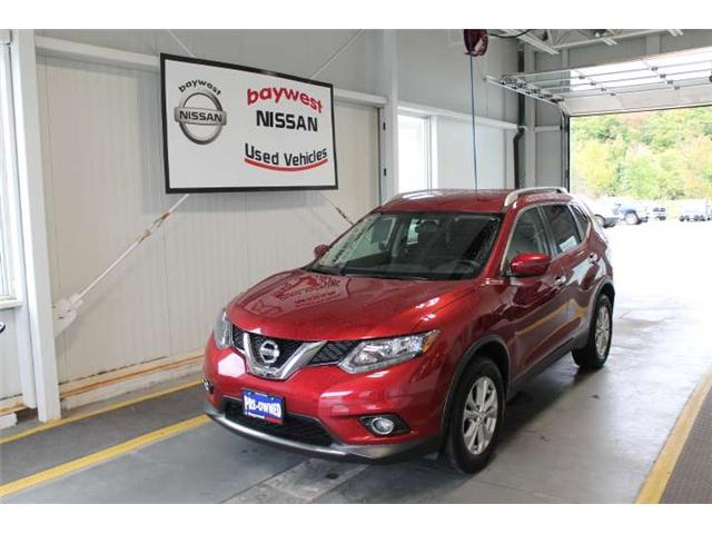 2016 Nissan Rogue SV (Stk: 18430A) in Owen Sound - Image 1 of 13