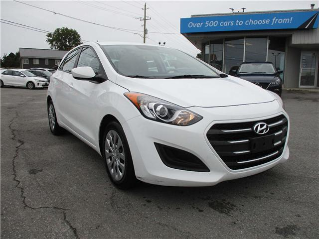 2016 Hyundai Elantra GT GL (Stk: 181339) in Kingston - Image 1 of 12
