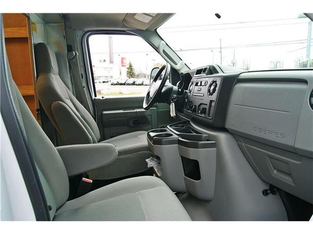 2016 Ford E-450 Cutaway Base (Stk: CTDR2100 ) in Mississauga - Image 12 of 13