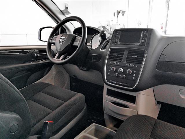 2019 Dodge Grand Caravan CVP/SXT (Stk: M094100) in Burnaby - Image 4 of 13