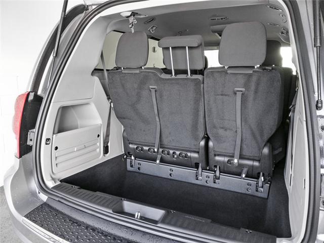 2019 Dodge Grand Caravan CVP/SXT (Stk: M094090) in Burnaby - Image 9 of 13