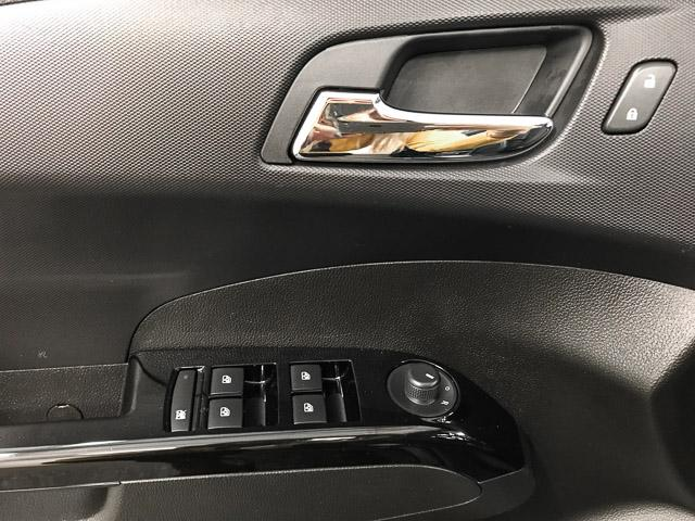 2018 Chevrolet Sonic LT Auto (Stk: 971300) in North Vancouver - Image 23 of 25