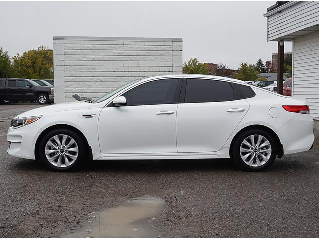 2018 Kia Optima EX (Stk: 18788A) in Peterborough - Image 2 of 20