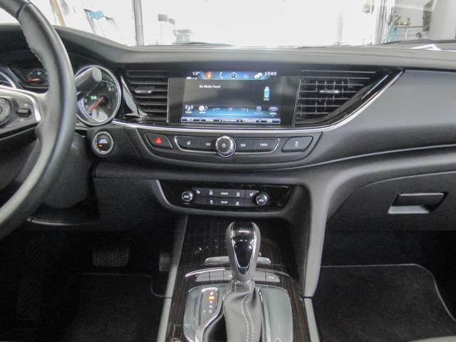 2018 Buick Regal Sportback Essence (Stk: 68-24400) in Burnaby - Image 6 of 12