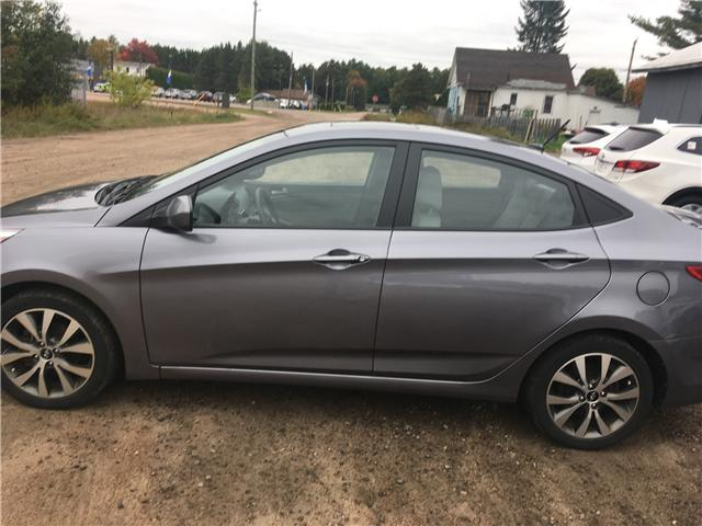 2016 Hyundai Accent SE (Stk: 18095-1) in Pembroke - Image 2 of 5