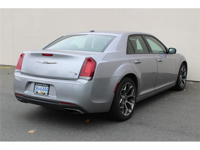 2017 Chrysler 300 S (Stk: H646183) in Courtenay - Image 4 of 30