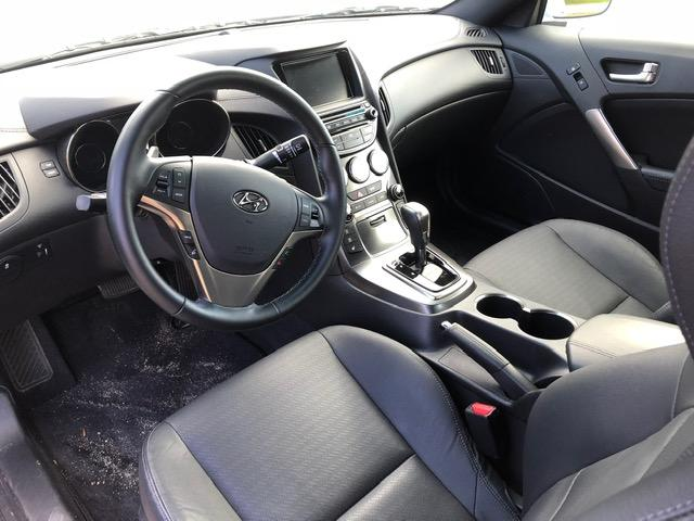 2016 Hyundai Genesis Coupe 3.8 Premium (Stk: 16393) in Pembroke - Image 4 of 5