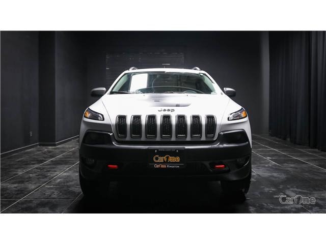 2017 Jeep Cherokee Trailhawk (Stk: CT18-590) in Kingston - Image 2 of 32