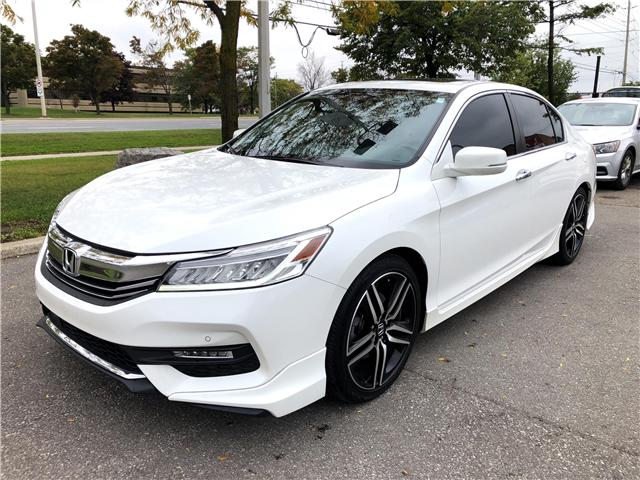 2016 Honda Accord Touring (Stk: 802555T) in Brampton - Image 1 of 20