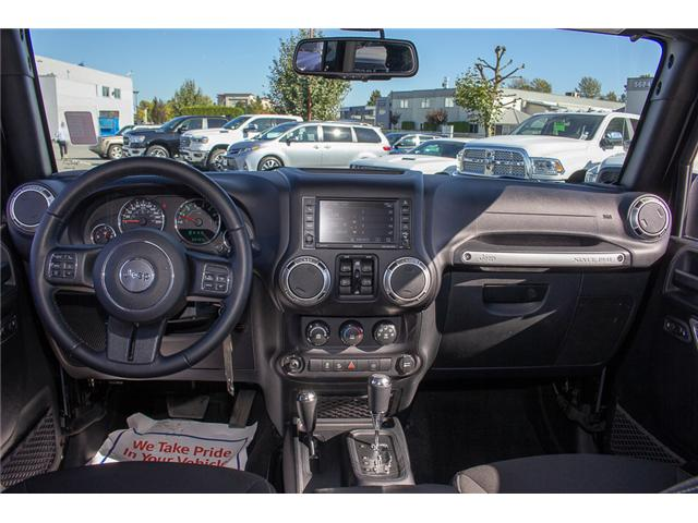 2016 Jeep Wrangler Unlimited Sahara (Stk: EE898320A) in Surrey - Image 11 of 21