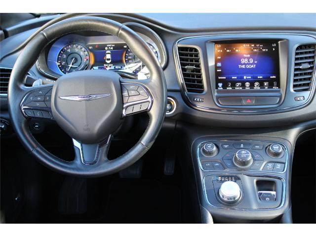 2016 Chrysler 200 S (Stk: S349305Z) in Courtenay - Image 12 of 29