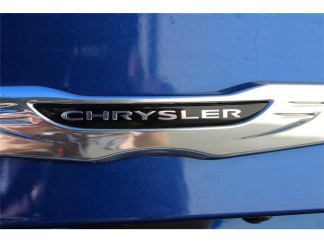 2016 Chrysler 200 S (Stk: S349305Z) in Courtenay - Image 22 of 29