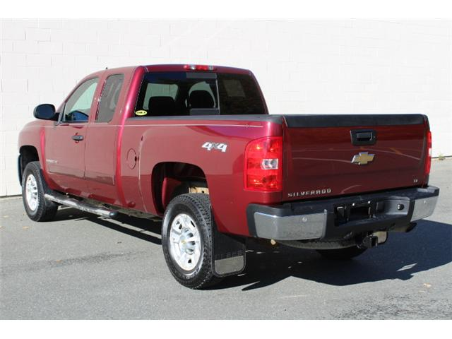 2008 Chevrolet Silverado 2500HD LT (Stk: S104668A) in Courtenay - Image 3 of 27