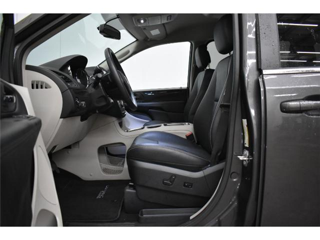 2018 Dodge Grand Caravan Crew- UCONNECT * NAV * LEATHER (Stk: B2517) in Cornwall - Image 2 of 30