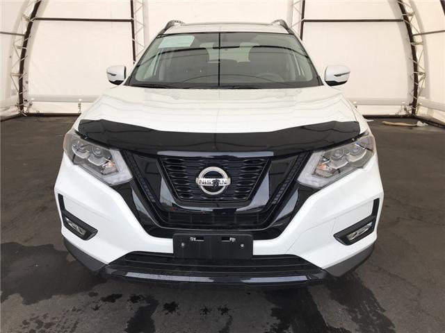 2017 Nissan Rogue SV (Stk: IU1167) in Thunder Bay - Image 2 of 18