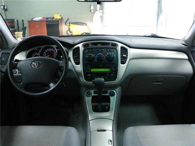 2005 Toyota Highlander V6 (Stk: 186182) in Kitchener - Image 6 of 24