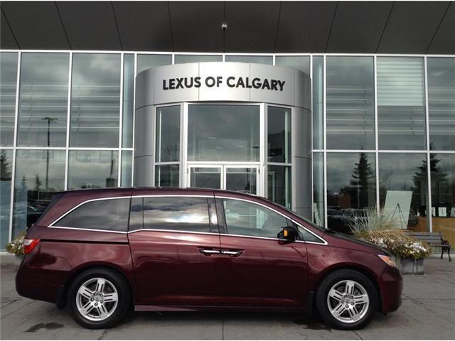 2013 Honda Odyssey Touring (Stk: 3846B) in Calgary - Image 1 of 17