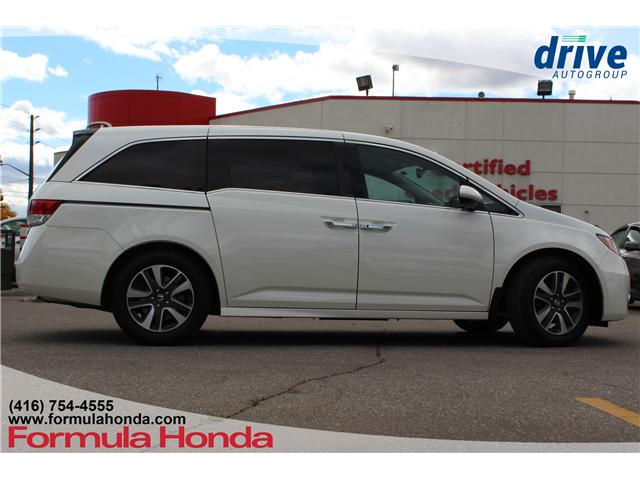2017 Honda Odyssey Touring (Stk: 18-0689A) in Scarborough - Image 9 of 34