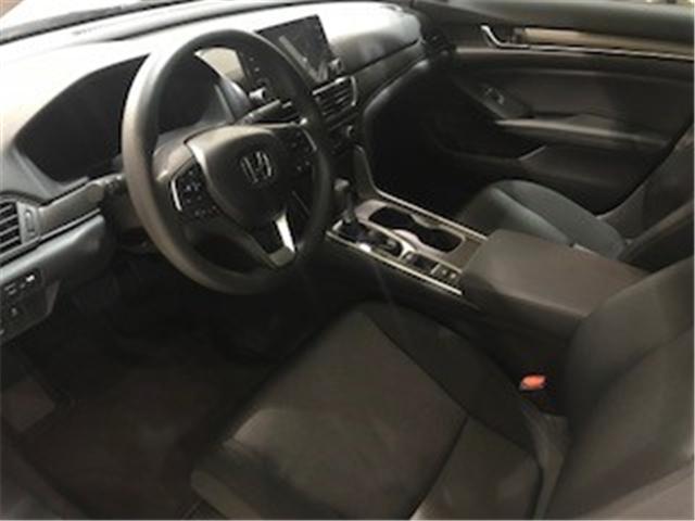 2018 Honda Accord Sport (Stk: 1801622) in Toronto - Image 2 of 2