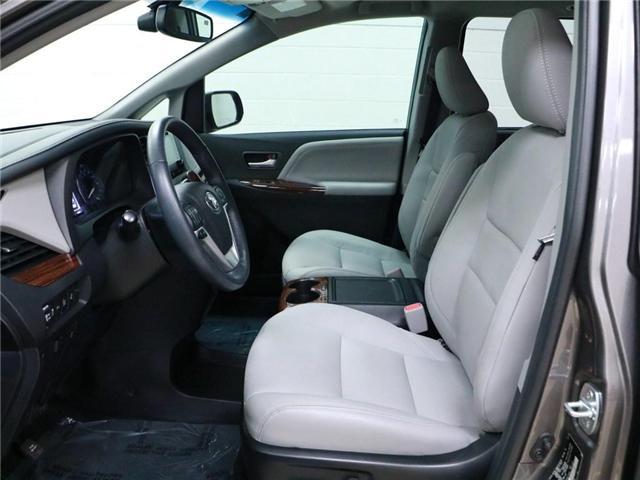 2017 Toyota Sienna XLE 7 Passenger (Stk: 186199) in Kitchener - Image 5 of 30