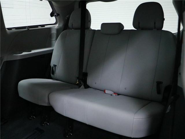 2017 Toyota Sienna XLE 7 Passenger (Stk: 186199) in Kitchener - Image 19 of 30