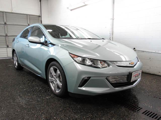 2019 Chevrolet Volt LT (Stk: V9-74640) in Burnaby - Image 2 of 12